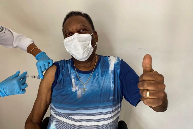 Pele a fost vaccinat împotriva coronavirusului. Ce vârstă are legendarul jucător