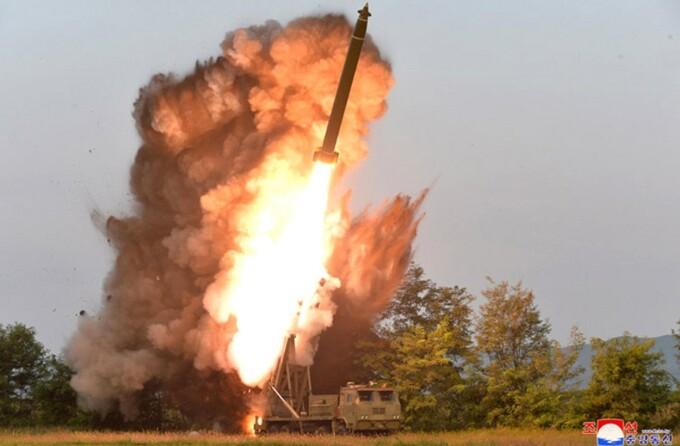 Rachete in Coreea de Nord