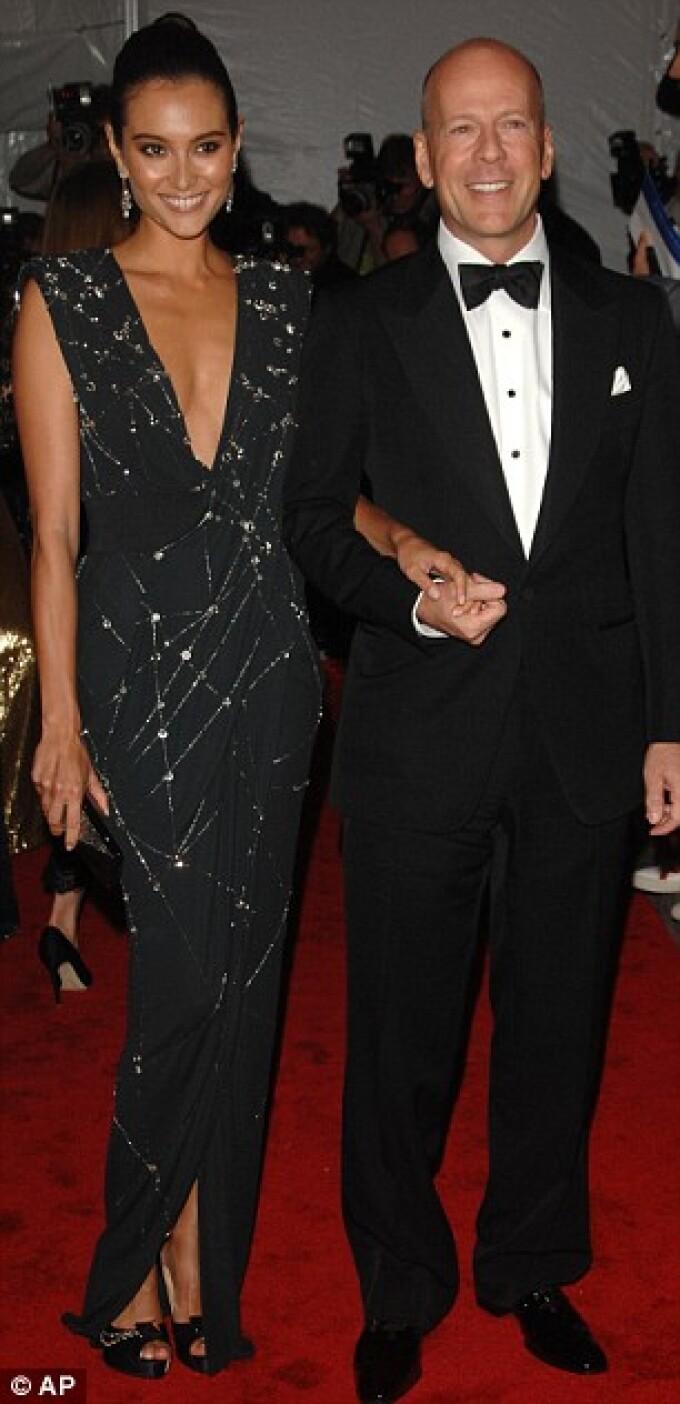 Bruce Willis si sotia Emma