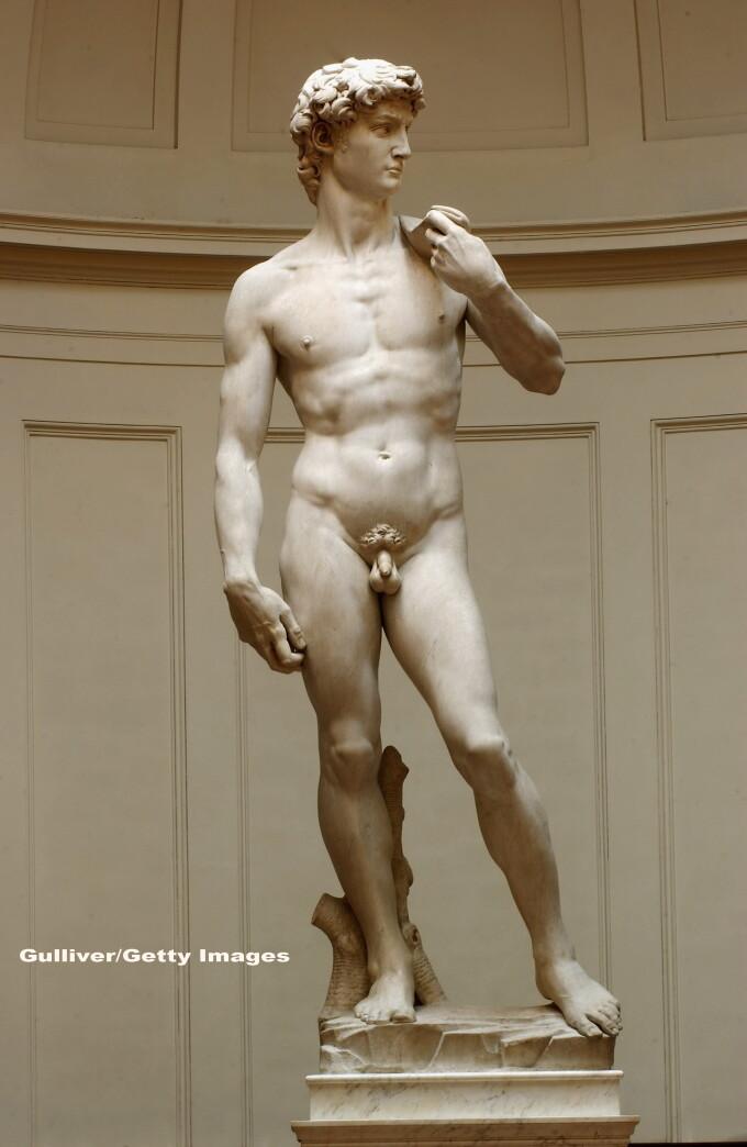 Statuia lui David, de Michelangelo, este in pericol sa se prabuseasca