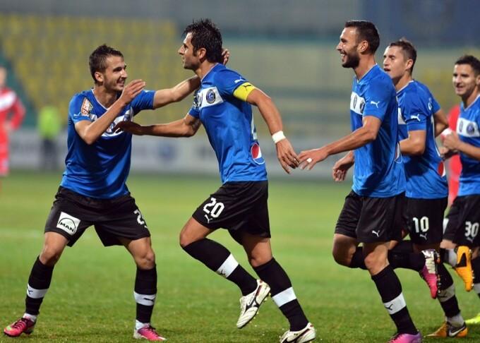 Dica ii ridica. Prima victorie acasa pentru echipa lui Hagi, dupa 7 etape. Viitorul - U Cluj 1-0