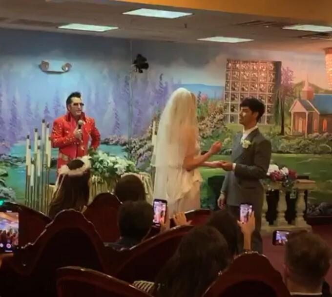 Sansa din Game of Thrones s-a căsătorit în secret cu Joe Jonas, în Las Vegas. FOTO