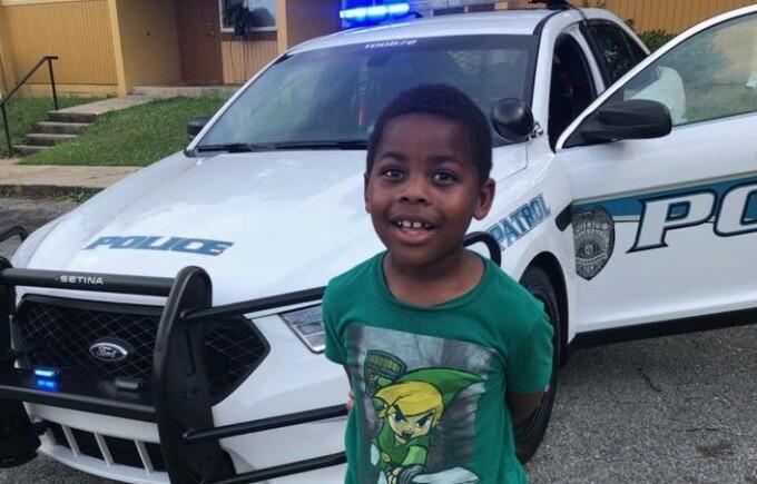 """Motivul pentru care un copil de 6 ani a sunat la poliție. """"Este un lucru pozitiv"""""""