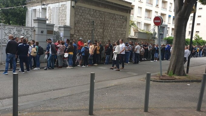 Românii votează în Marseille, Franța