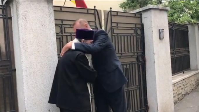 Pioșenia zilei: Viorel Cataramă s-a spovedit la ÎPS Teodosie
