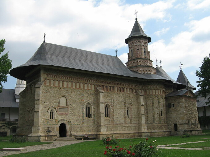 """O mănăstire centru de carantină nu vrea niciun ban de la stat. """"Așa a făcut biserica întotdeauna când țara a avut nevoie"""""""