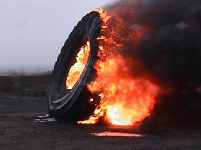Cauciucul a luat foc