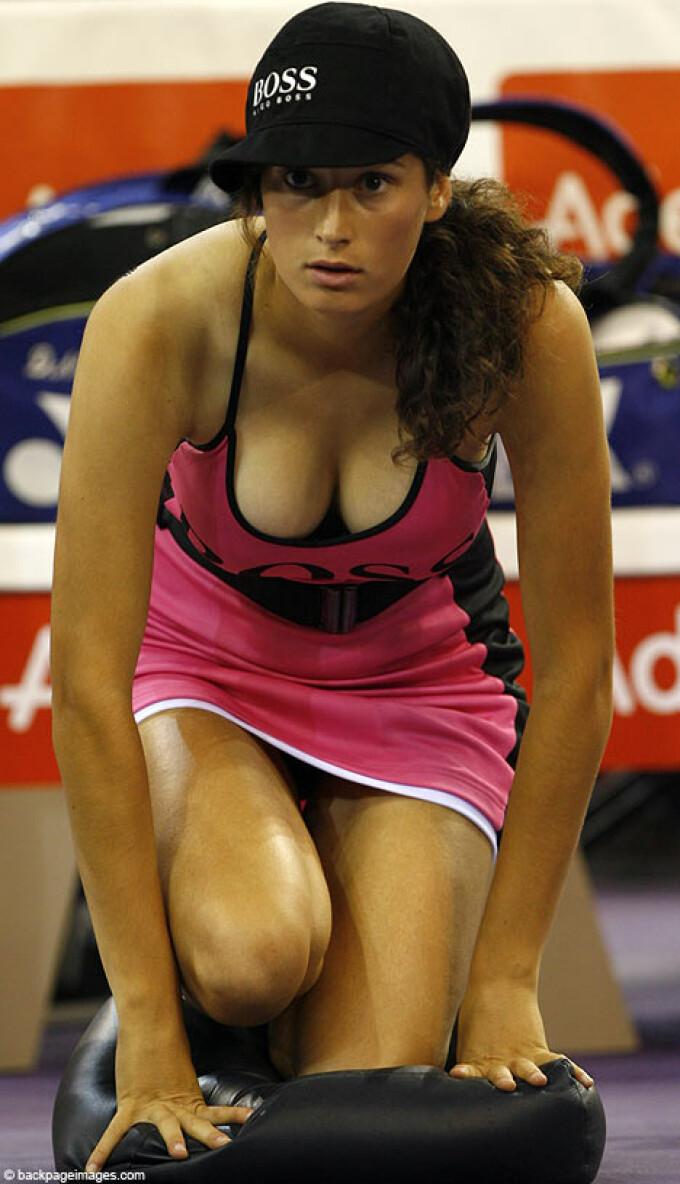 Cele mai sexy femei in echipamente de sport! Curios?