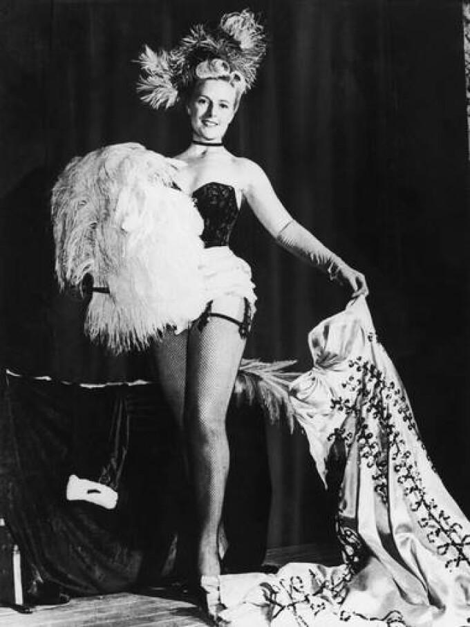 prima dansatoare de striptease din Londra