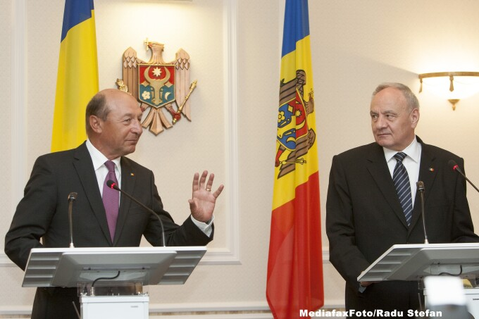 Traian Basescu, Nicolae Timofti