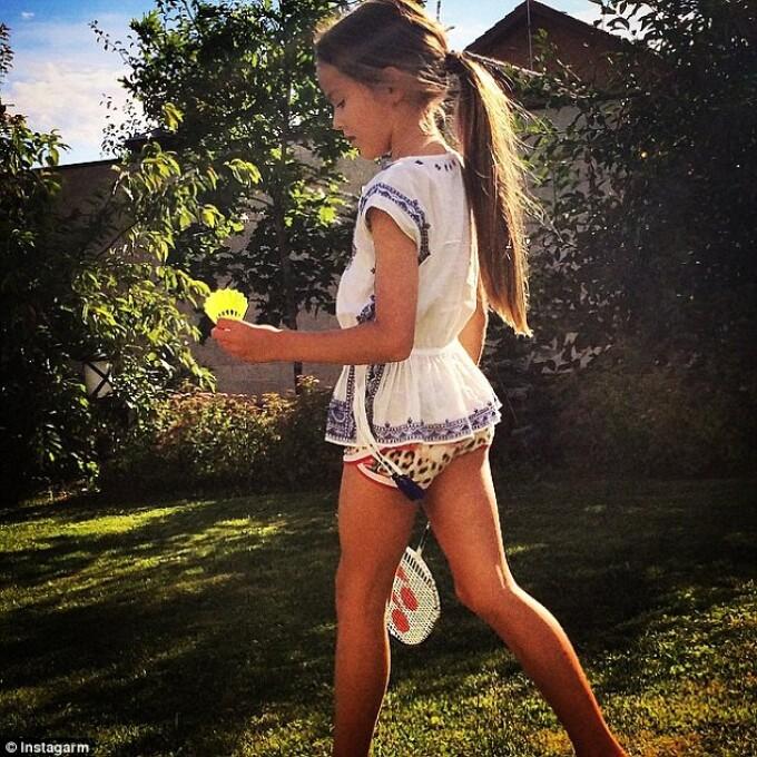 12 de ani facebook fete frumoase Femei singure