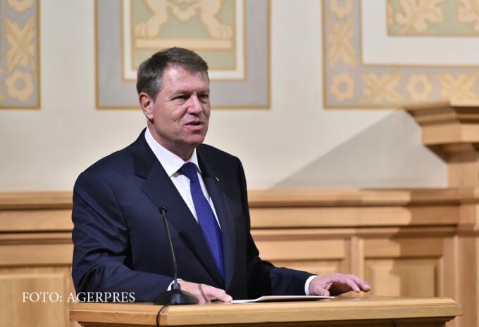 Presedintele Klaus Iohannis participa la dezbaterea 'Politica: De la teorie la practică' - un dialog deschis cu studentii la Stiinte Politice de la Universitatea din Bucuresti si de la Scoala Nationala de Studii Politice si Administrative, eveniment gazdu