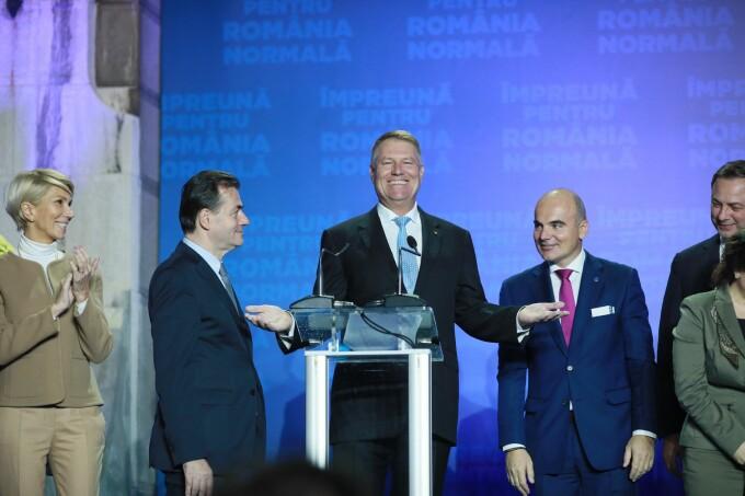 Klaus Iohannis, primele declarații după închiderea urnelor: Luptăm pentru îndepărtarea totală a PSD-ului de la putere
