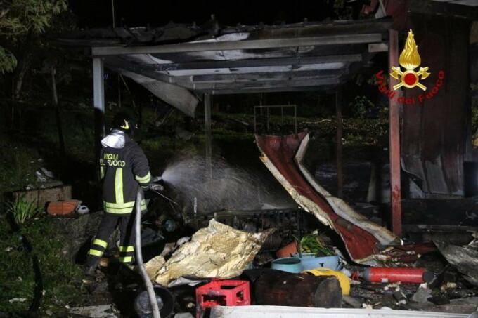 Explozie fabrica artificii Italia - 2