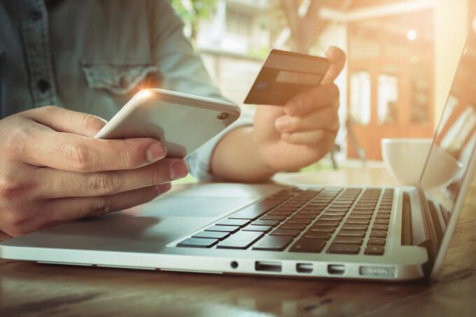 Studiu: Creștere de 41% a sectorului e-commerce pe fondul pandemiei COVID-19
