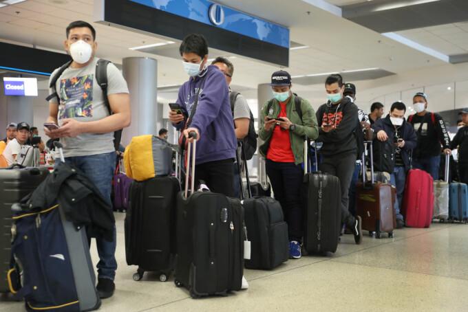 Aplicații mobile pentru a ajuta pasagerii liniilor aeriene să respecte restricțiile legate de Covid-19. Cum funcționează