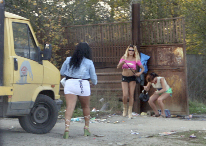 Prostituatele, in pas cu criza financiara: maresc tarifele