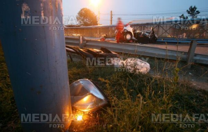 Un barbat a murit dupa ce s-a rasturnat cu masina pe DN1, la Tancabesti