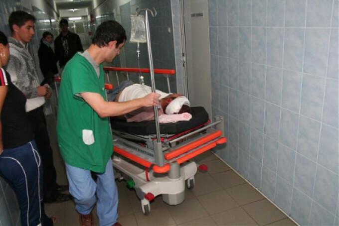 Unul dintre veri a fost transportat in stare grava la spital