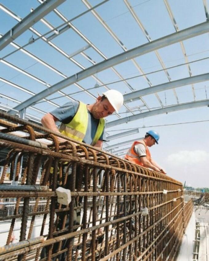 Muncitori in constructii