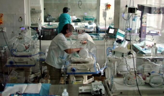 Donatie pentru copii. Sectia de neonatologie a Spitalului Judetean de Urgenta Cluj va primi 20.000 de euro