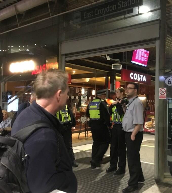 metrou evacuat londra