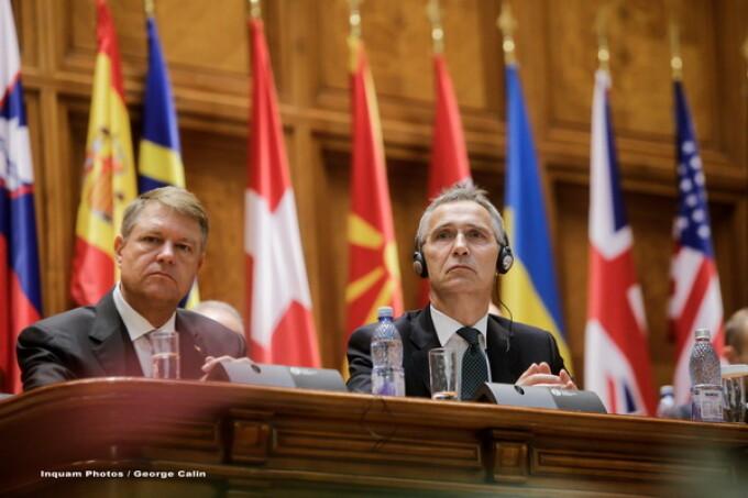 Klaus Iohannis, Jens Stoltenberg
