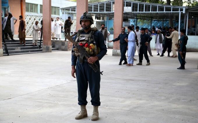 Masacru în Afganistan, la o reuniune electorală. ISIS a revendicat atentatul
