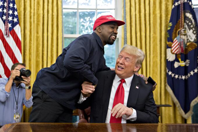 Kanye West s-a întâlnit cu Donald Trump la Casa Albă