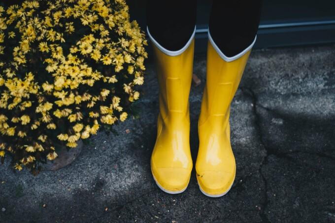 (P) Idei de ținute care includ cizme de cauciuc