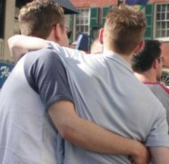Doua treimi din romani nu suporta homosexualii