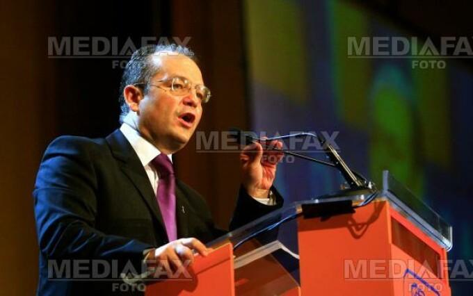 PDL vrea revizuirea Constitutiei dupa alegeri, pentru Parlament unicameral