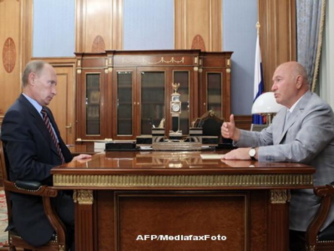 Vladimir Putin si Iuri Lujkov