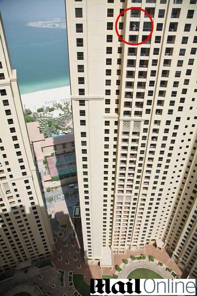 Stergator de geamuri Dubai