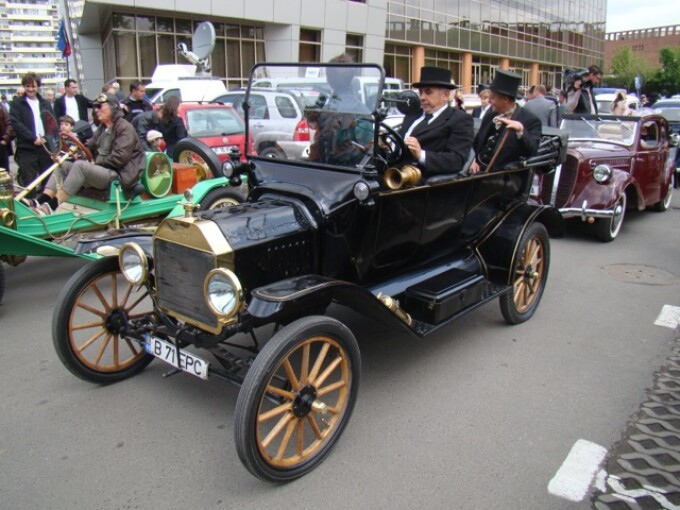 FORD T (1914)