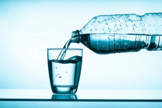 sticla de apa