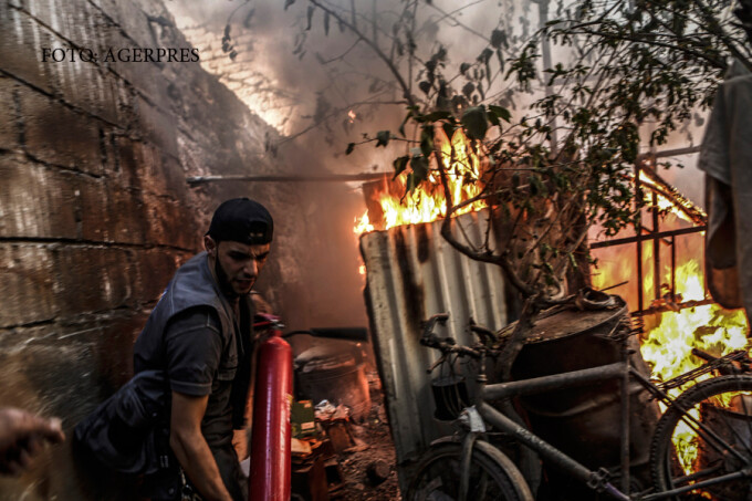 bombardament aerian in DAMASC