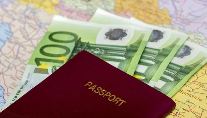 pasaport UE si bani