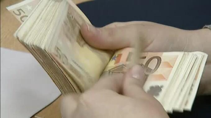 cum să găsiți câștigați mulți bani)