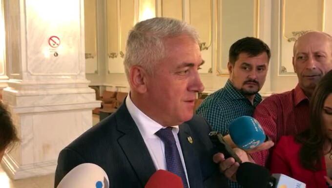 Adrian Ţuţuianu
