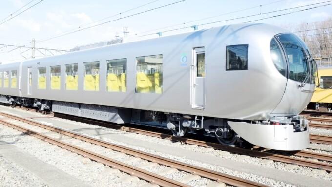 Cum arată trenul de mare viteză în care pasagerii se simt ca în sufragerie - 3