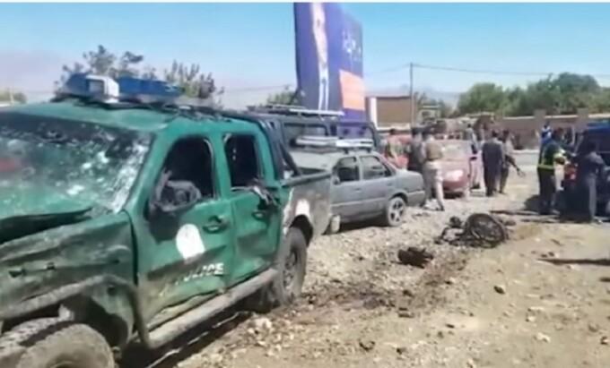 Talibanii vor să reia negocierile cu SUA la o zi după ce au ucis 50 de oameni
