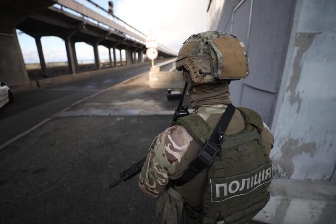 Pregătiri pentru un atentat terorist, în Kiev. Un bărbat ameninţă că va distruge un pod - 8