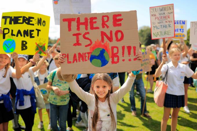 Ample proteste globale față de schimbările climatice