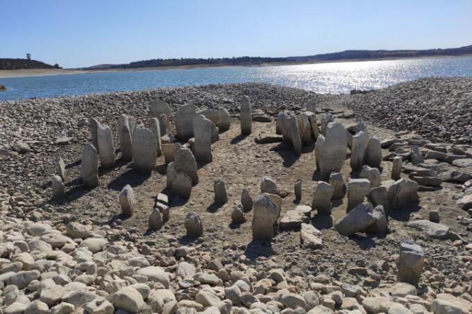 Seceta a scos la iveală un monument vechi de 7.000 de ani. Imaginile surprinse de NASA