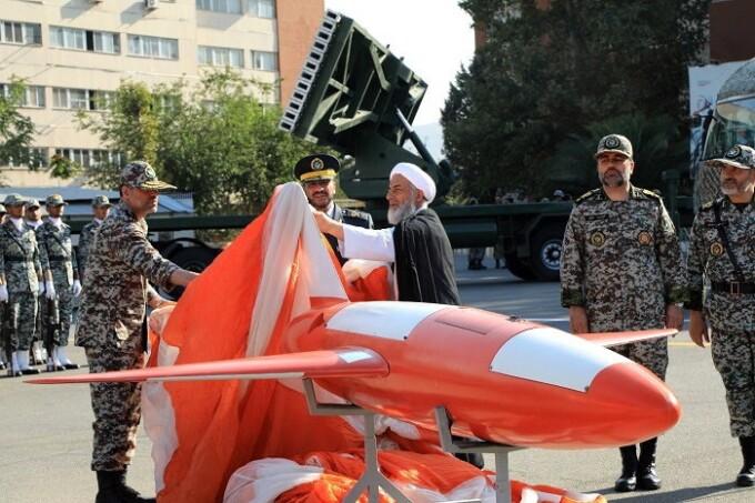 drona militara prezentata de armata iraniana