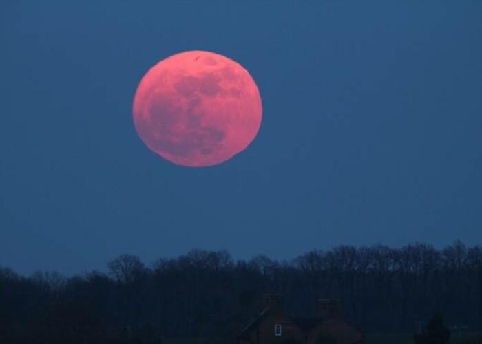 Fenomen astronomic UNIC vizibil astazi: Astronomii o numesc Luna sangerie Uite cum o poti vedea