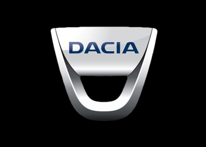 Noua Dacia a fost surprinsa fara deghizare la teste: FOTO