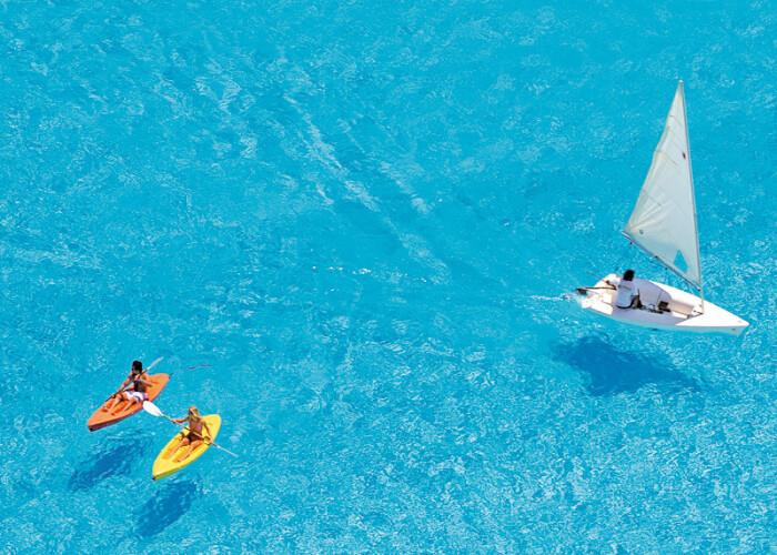 Asa arata cea mai mare piscina din lume! FOTO