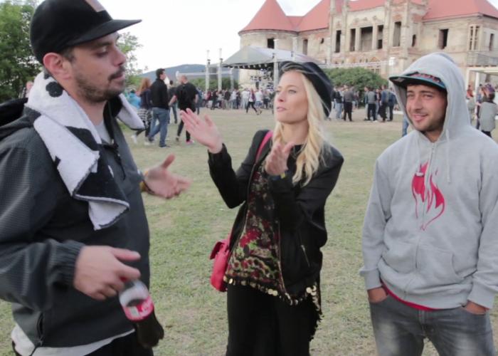 Electric Castle 2014. Laura Cosoi s-a intalnit cu DOC la Castelul Bannfy. Cele mai tari imagini: VIDEO